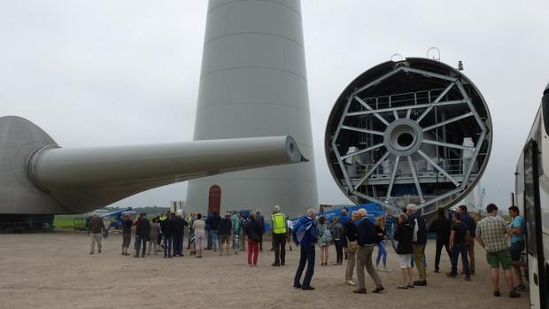 windmolenpark in opbouw